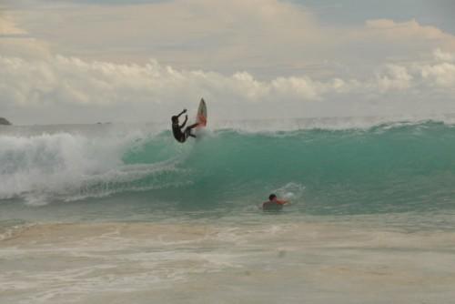 surfing na Bali