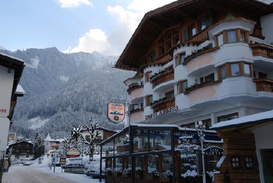 Austriacke Alpy co roku przyciągają masę turystów