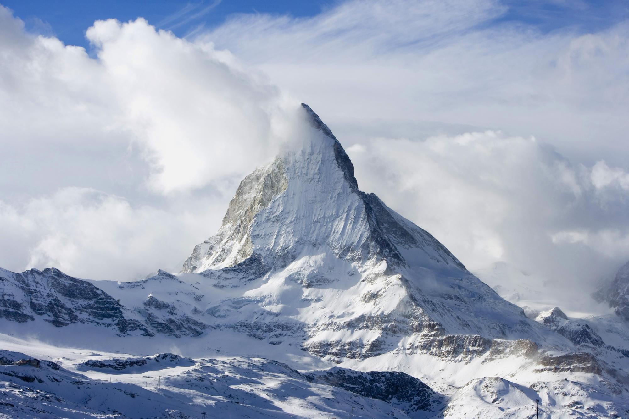 Imponujący szczyt Matterhorn