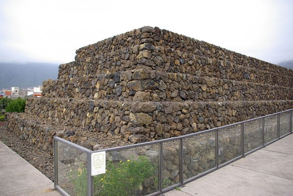piramida w guimar